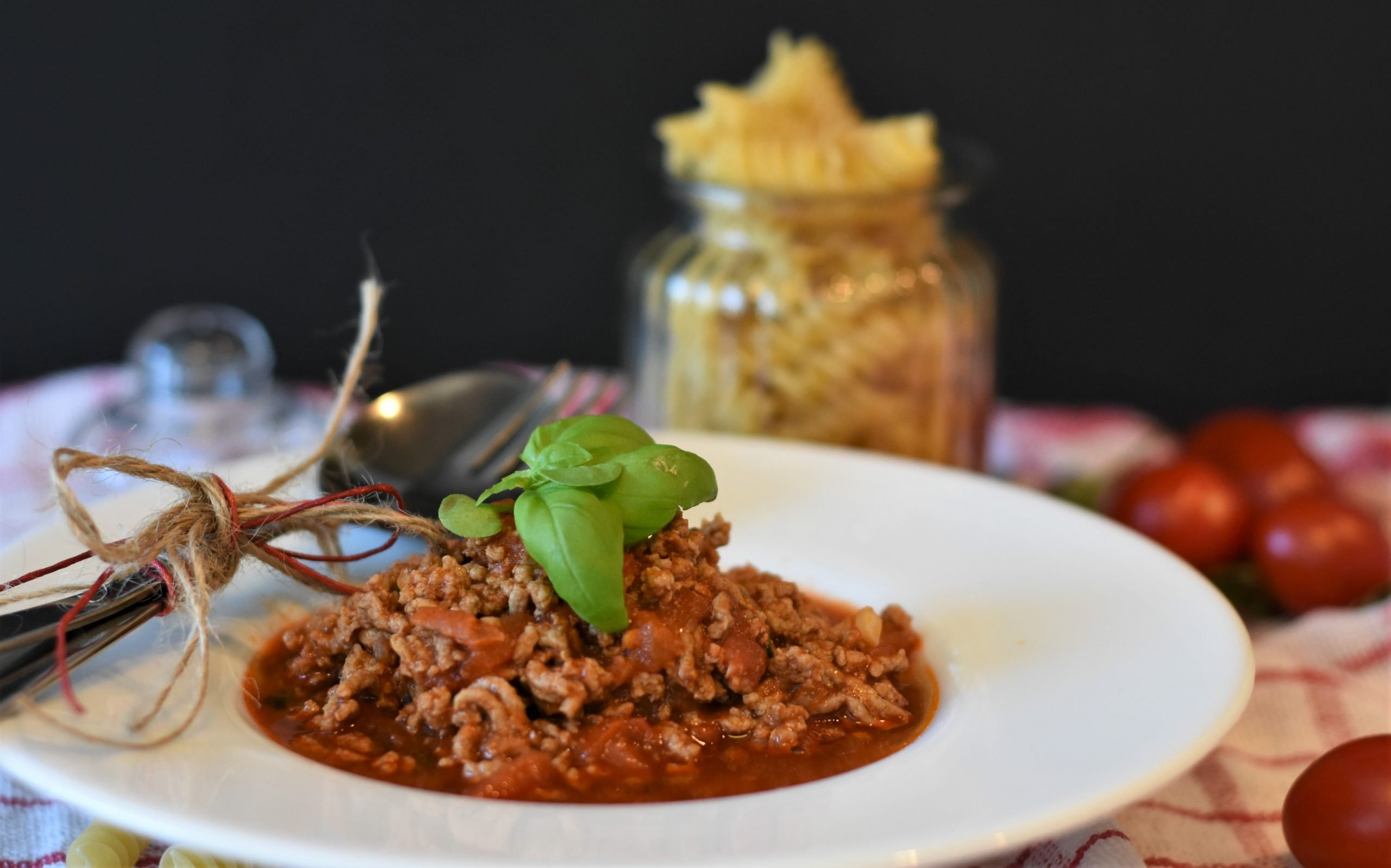 minced meat, minced meat sauce, bolognese